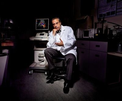 Ryerson University medical physics professor Jahan Tavakkoli and St. Michael's researchers are exploring a new method to study concussion and its treatment. Photo courtesy of Ryerson University.